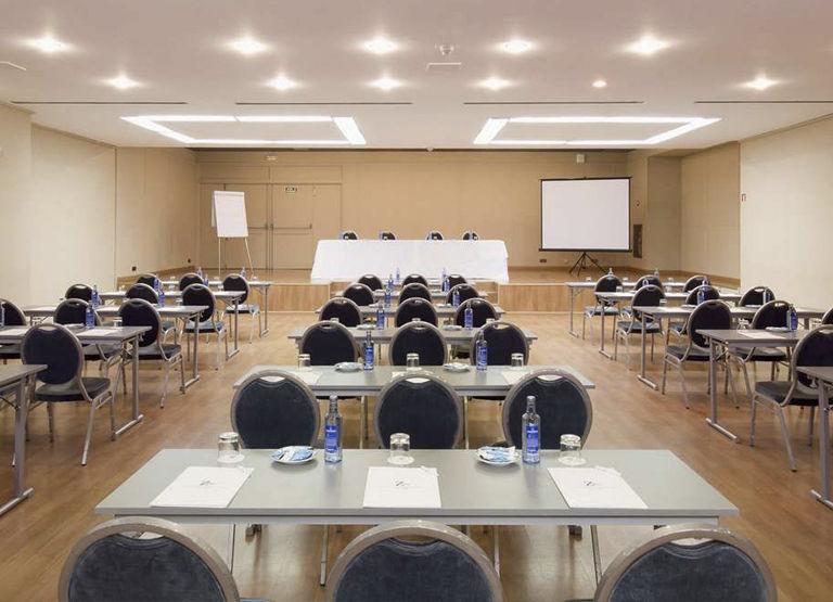 Convenciones, Congresos, Cursos de Formación